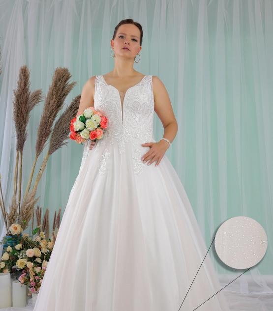 Schantal wedding dress from the collection Queen XXL, model 2279 XXL.