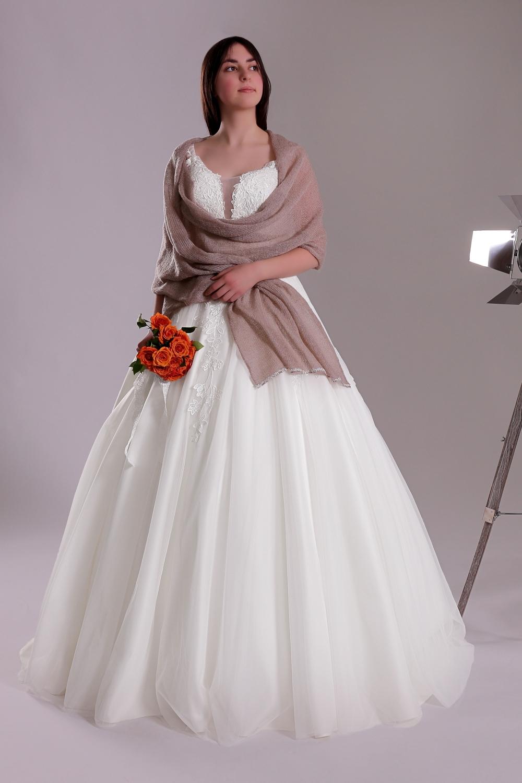 """Schantal Brautkleid aus der Kollektion """"Ni-Na"""", Modell 11001. Foto 2"""