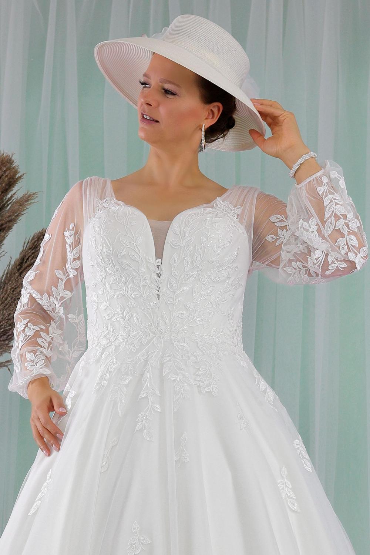 """Schantal Brautkleid aus der Kollektion """"Queen XXL"""", Modell 2277 XXL. Foto 2"""