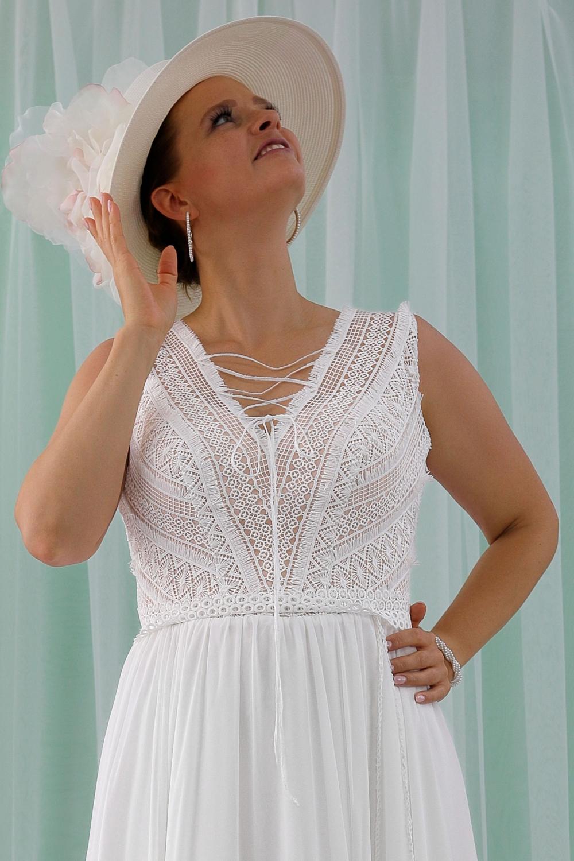 """Schantal Brautkleid aus der Kollektion """"Queen XXL"""", Modell 2314 XXL. Foto 2"""