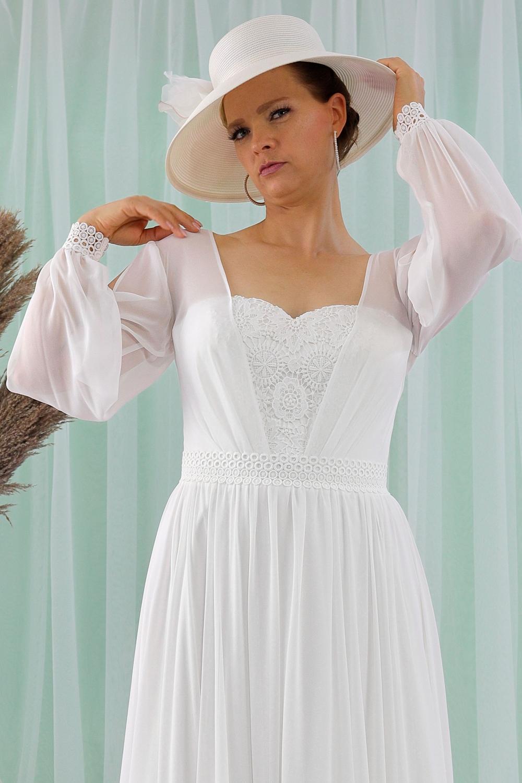 """Schantal Brautkleid aus der Kollektion """"Queen XXL"""", Modell 2315 XXL. Foto 2"""