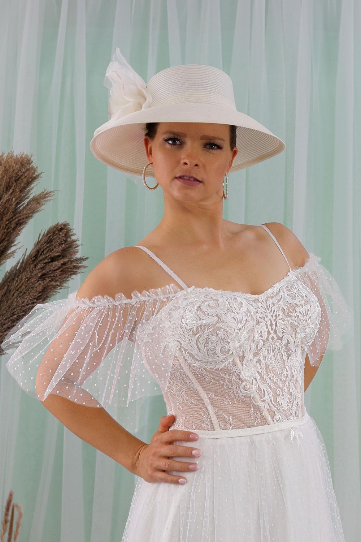 """Schantal Brautkleid aus der Kollektion """"Queen XXL"""", Modell 2316 XXL. Foto 2"""